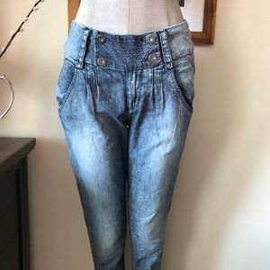 Pull and bear pants: size 26